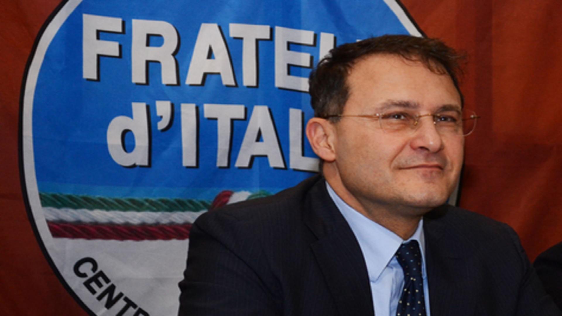 Uranio impoverito, Cirielli (FdI): «Governo discrimina comparto Difesa