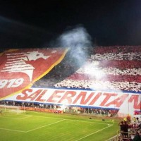 Salernitana-tifosi