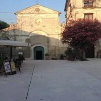 piazza basilica capaccio