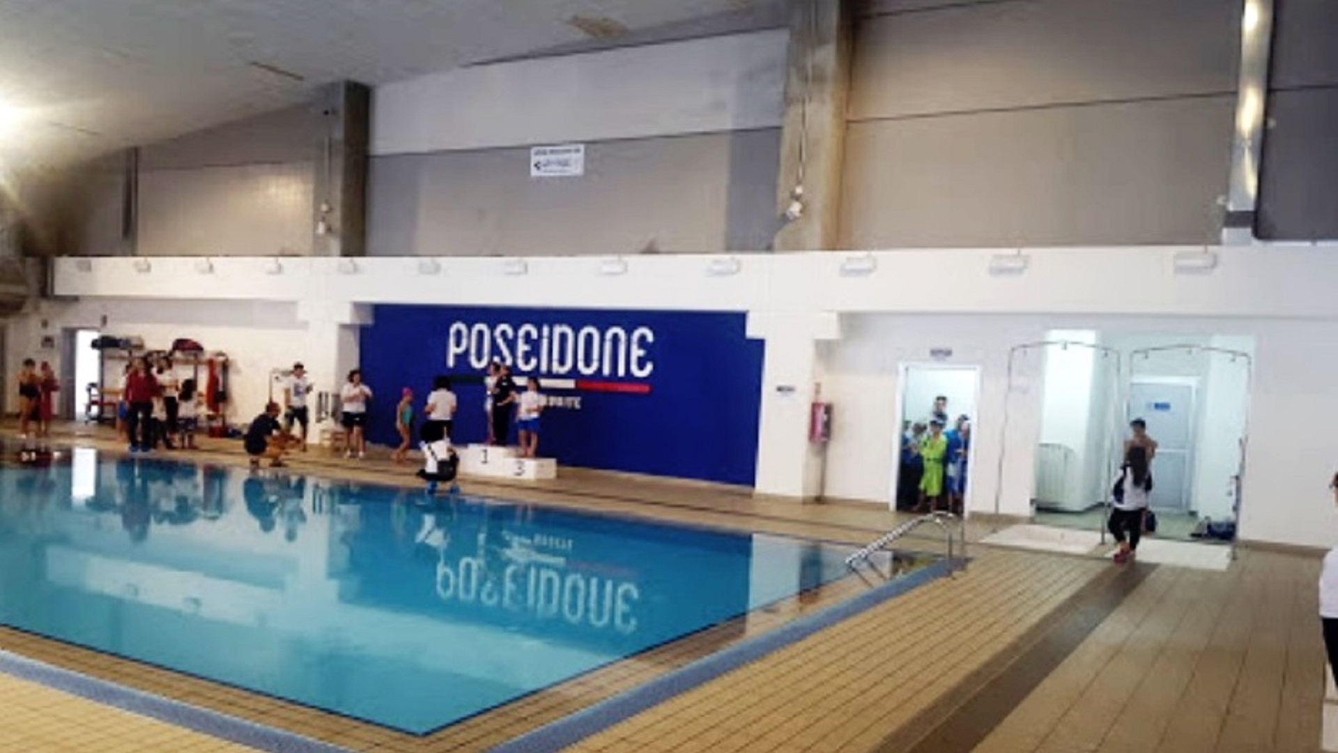 piscina poseidone sito