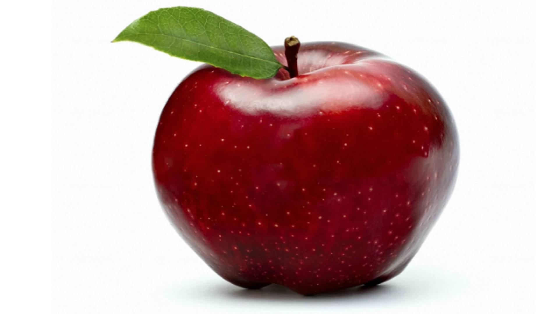 Non dichiara una mela in aeroporto: multa da 500 dollari