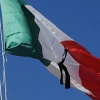 bandiera mezz'asta lutto_950x551