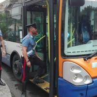 carabinieri-autobus