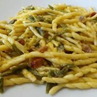 trofie-con-asparagi-e-salsiccia
