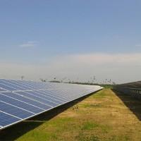 pannelli_solari_generazione_energia_alternativa-1