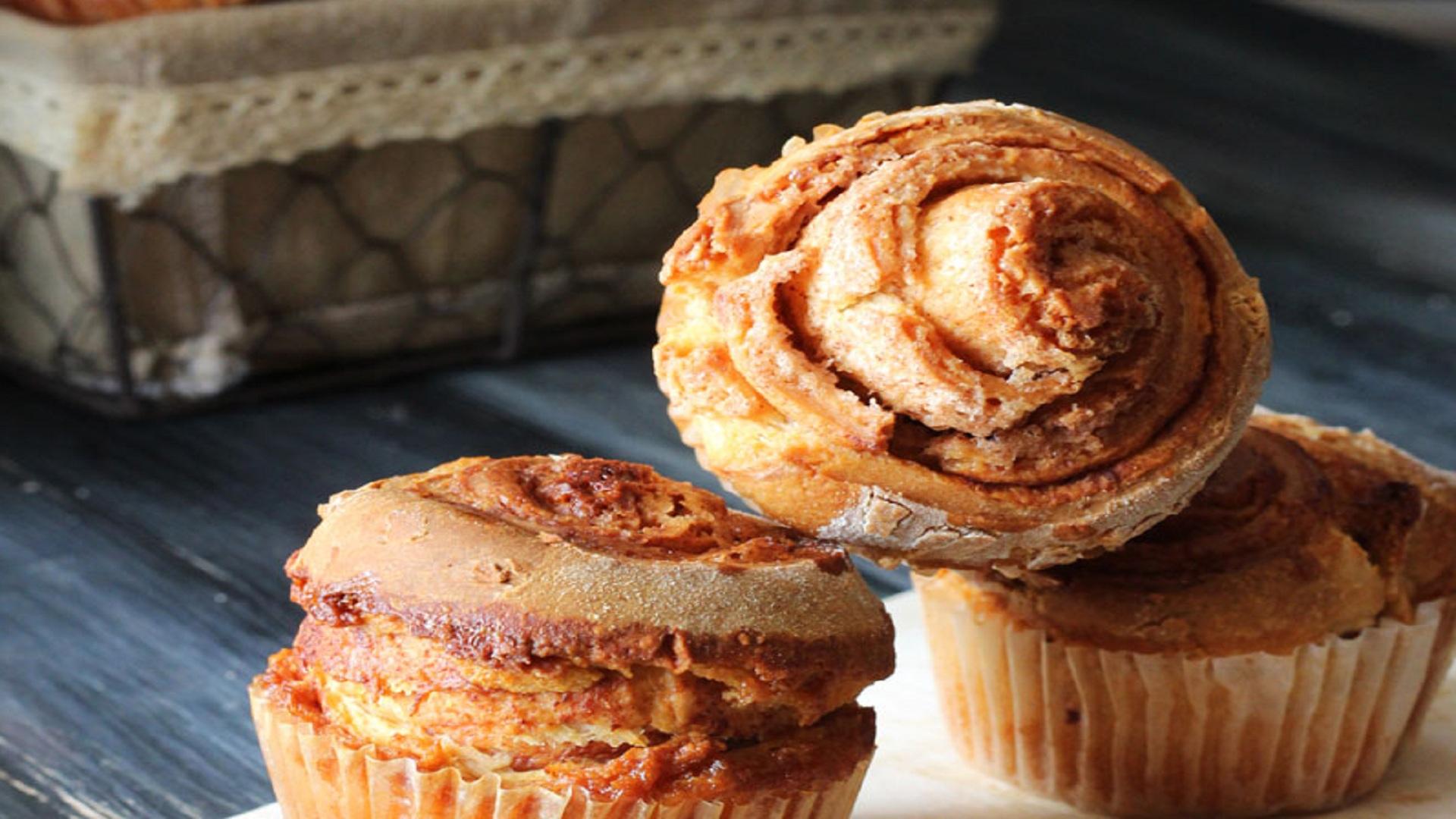 cinnamon-rolls-muffins-gruppo